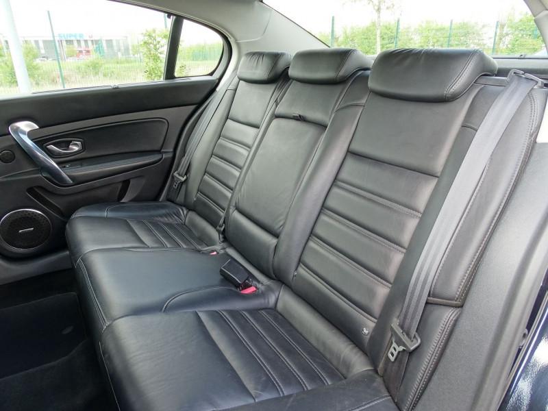 Photo 4 de l'offre de RENAULT LATITUDE 2.0 DCI 150CH FAP INITIALE ECO² à 8890€ chez International Auto Auneau