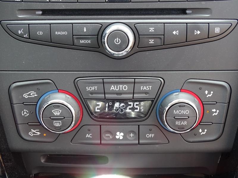 Photo 8 de l'offre de RENAULT LATITUDE 2.0 DCI 150CH FAP INITIALE ECO² à 8890€ chez International Auto Auneau