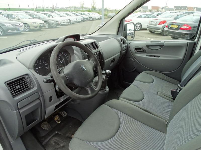 Photo 3 de l'offre de PEUGEOT EXPERT FG 229 L2H1 HDI120 PK CD CLIM à 7990€ chez International Auto Auneau