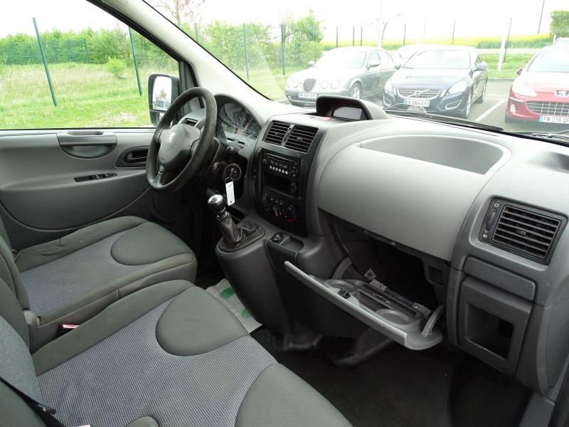 Photo 6 de l'offre de PEUGEOT EXPERT FG 229 L2H1 HDI120 PK CD CLIM à 7990€ chez International Auto Auneau