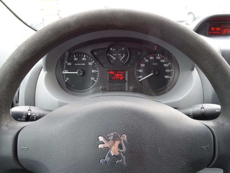 Photo 7 de l'offre de PEUGEOT EXPERT FG 229 L2H1 HDI120 PK CD CLIM à 7990€ chez International Auto Auneau
