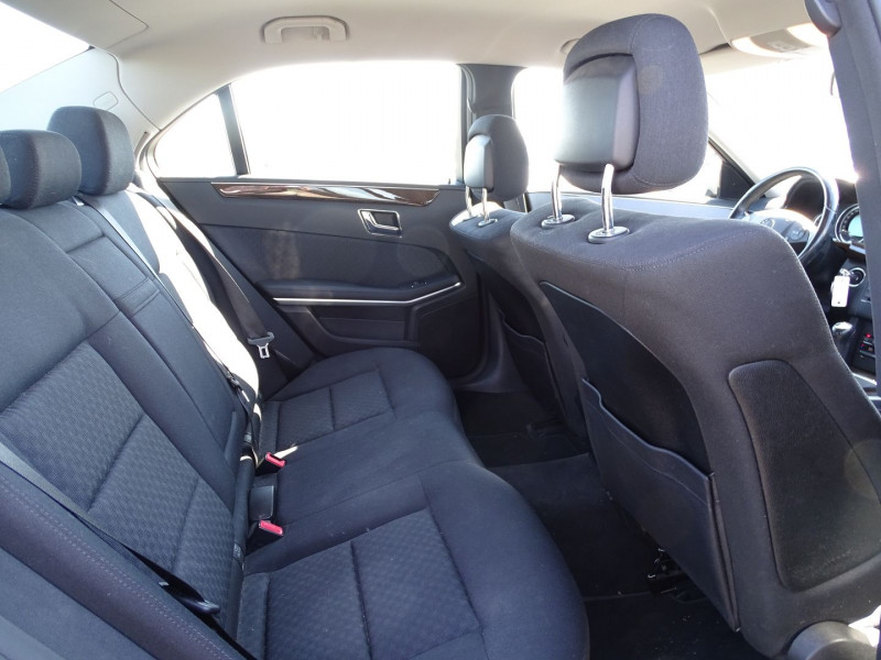 Photo 5 de l'offre de MERCEDES-BENZ CLASSE E (W212) 250 CDI BE ELEGANCE EXECUTIVE à 12690€ chez International Auto Auneau