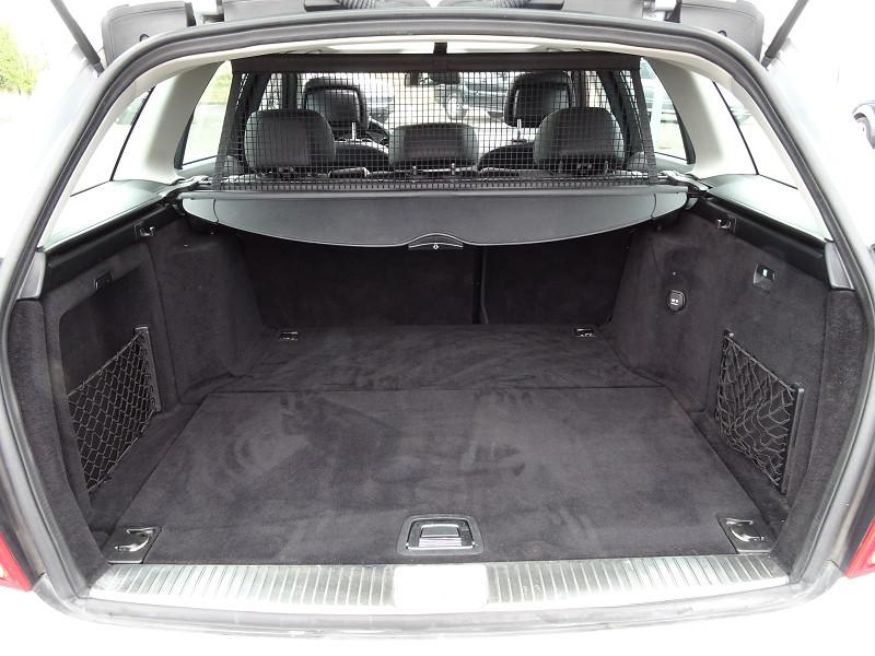 Photo 14 de l'offre de MERCEDES-BENZ CLASSE C BREAK (S204) 220 CDI BE AVANTGARDE BA à 12690€ chez International Auto Auneau