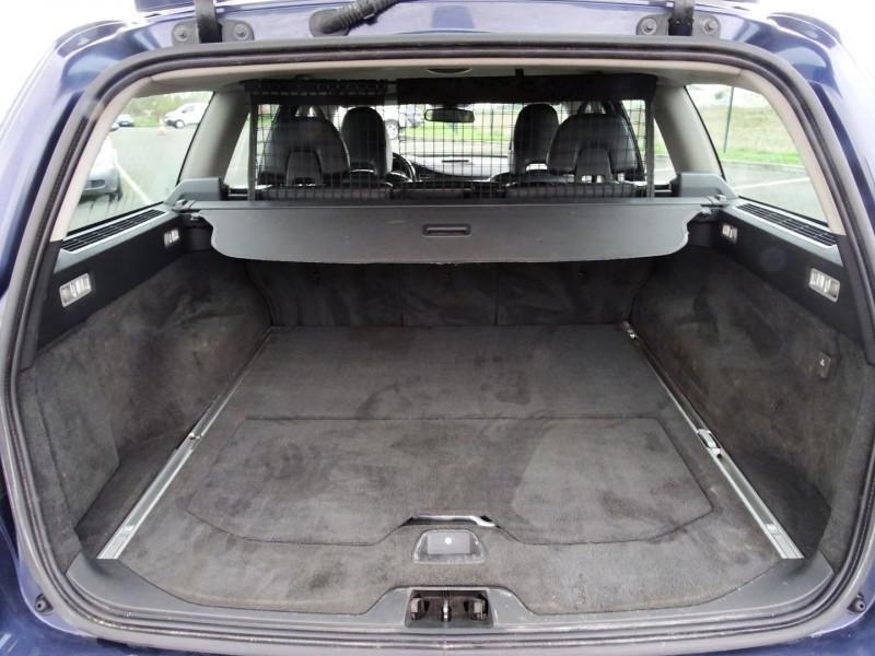 Photo 8 de l'offre de VOLVO V70 D3 163CH MOMENTUM GEARTRONIC à 6490€ chez International Auto Auneau