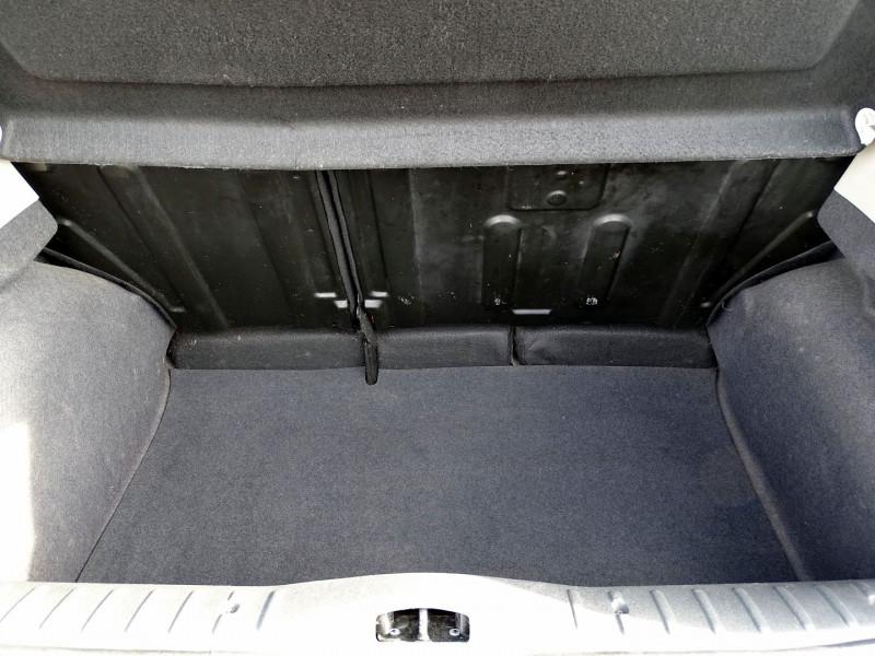 Photo 6 de l'offre de CITROEN C3 1.4 HDI70 AIRDREAM à 5390€ chez International Auto Auneau