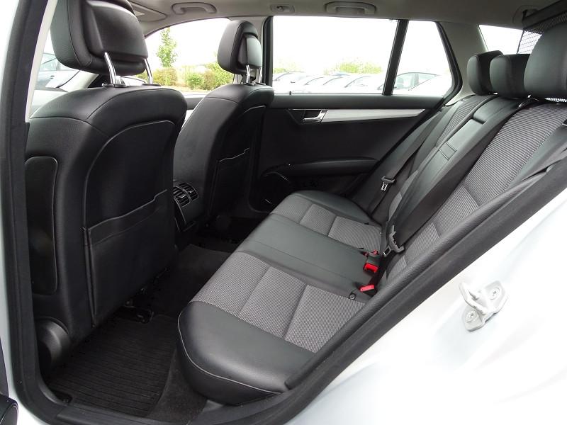 Photo 8 de l'offre de MERCEDES-BENZ CLASSE C BREAK (S204) 220 CDI BE AVANTGARDE BA à 12690€ chez International Auto Auneau