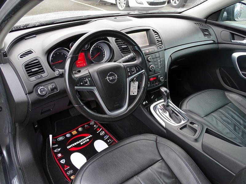 Photo 9 de l'offre de OPEL INSIGNIA 2.0 TURBO COSMO PACK BA 5P à 9990€ chez International Auto Auneau