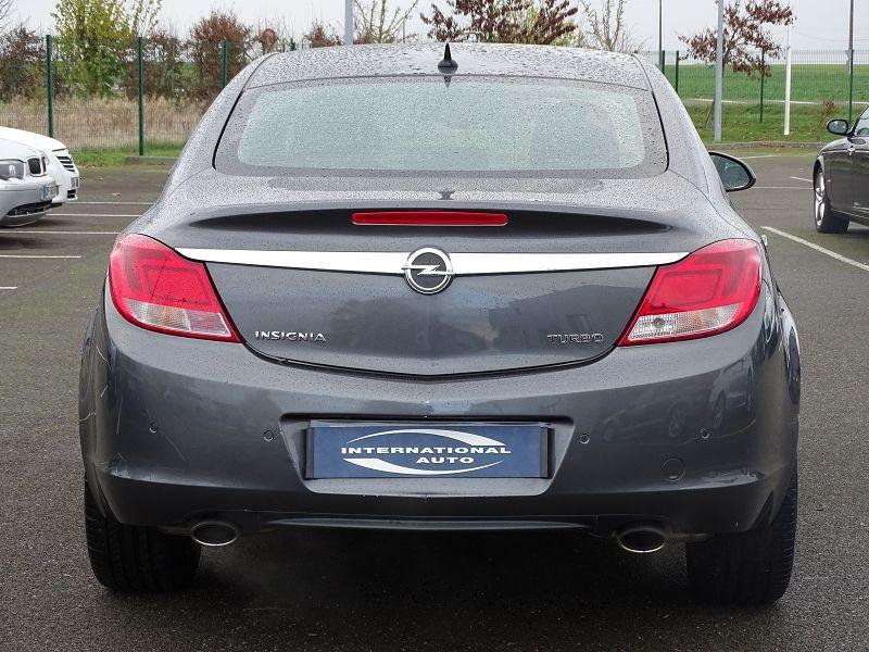Photo 5 de l'offre de OPEL INSIGNIA 2.0 TURBO COSMO PACK BA 4P à 9990€ chez International Auto Auneau
