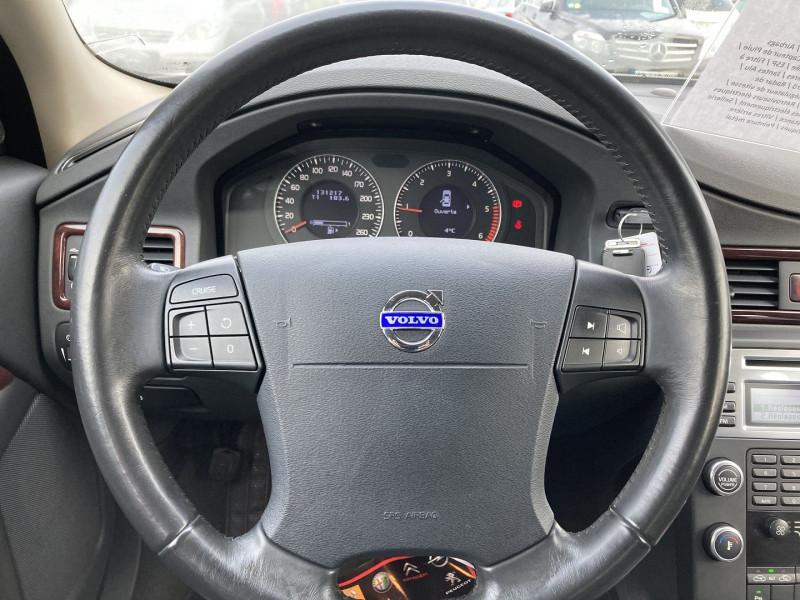 Photo 12 de l'offre de VOLVO S80 2.0 D 136CH MOMENTUM à 8490€ chez International Auto Auneau