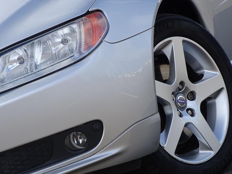Photo 2 de l'offre de VOLVO S80 2.0 D 136CH MOMENTUM à 8490€ chez International Auto Auneau