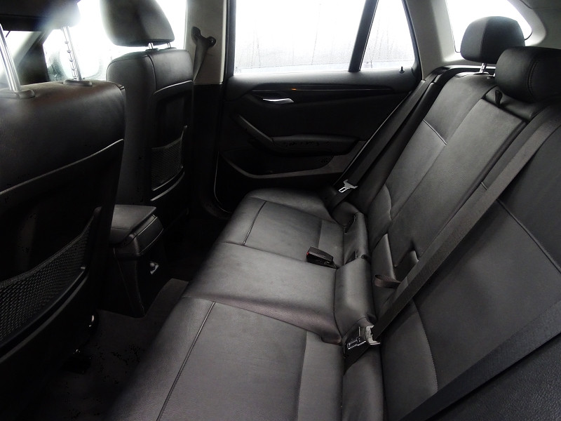 Photo 4 de l'offre de BMW X1 (E84) XDRIVE23DA 204CH LUXE à 13490€ chez International Auto Auneau