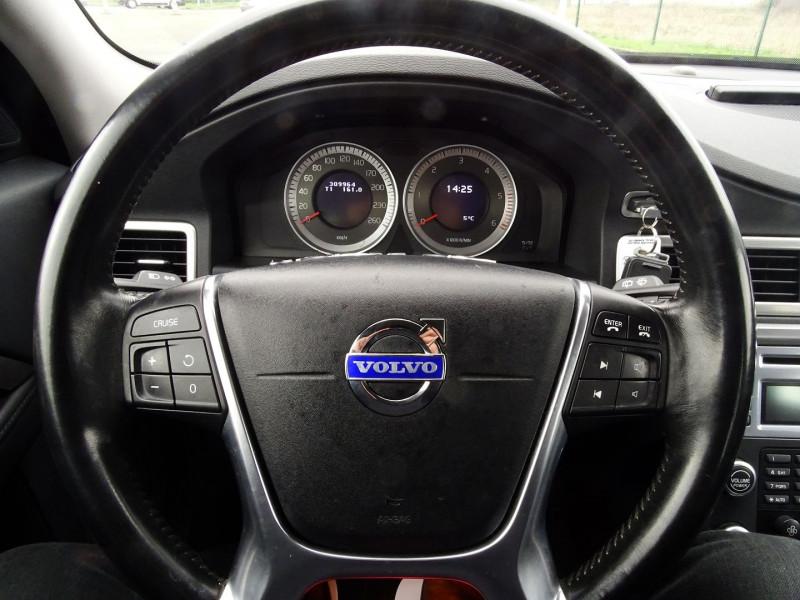 Photo 7 de l'offre de VOLVO V70 D3 163CH MOMENTUM GEARTRONIC à 6490€ chez International Auto Auneau
