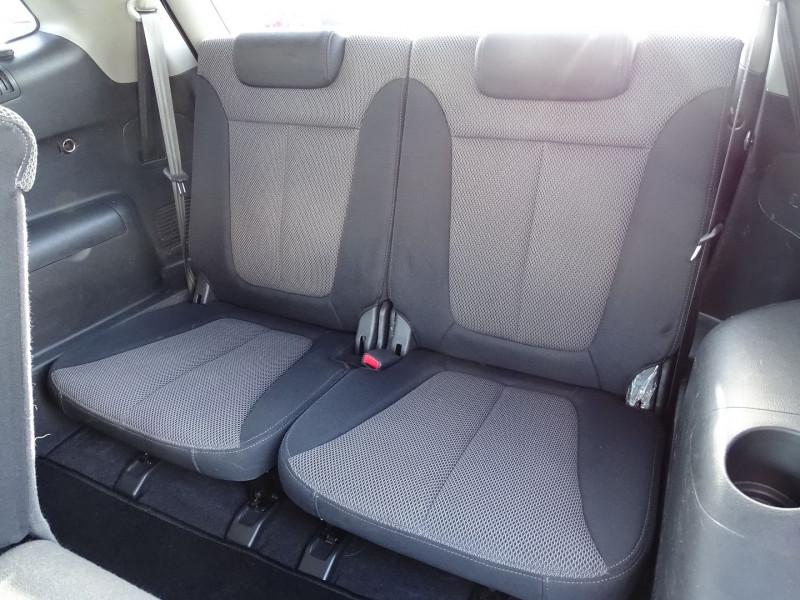 Photo 6 de l'offre de HYUNDAI SANTA FE 2.2 CRDI PACK CONFORT à 7890€ chez International Auto Auneau