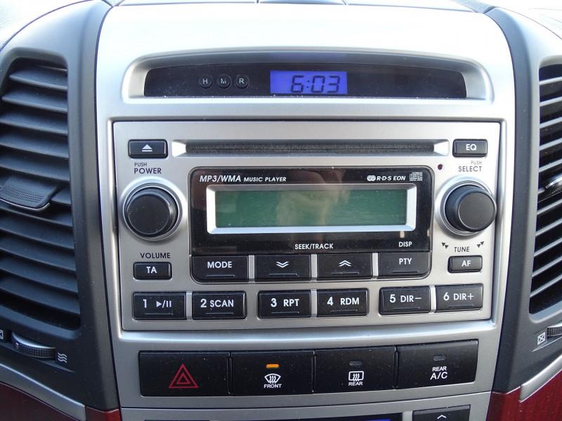 Photo 13 de l'offre de HYUNDAI SANTA FE 2.2 CRDI PACK CONFORT à 7890€ chez International Auto Auneau