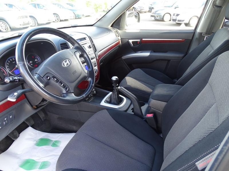 Photo 3 de l'offre de HYUNDAI SANTA FE 2.2 CRDI PACK CONFORT à 7890€ chez International Auto Auneau