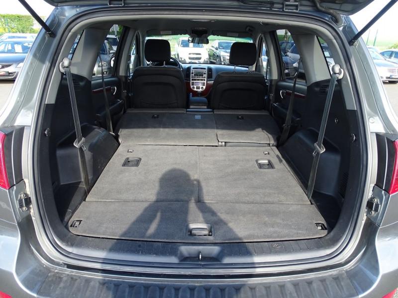 Photo 9 de l'offre de HYUNDAI SANTA FE 2.2 CRDI PACK CONFORT à 7890€ chez International Auto Auneau