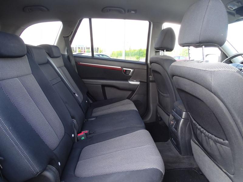 Photo 10 de l'offre de HYUNDAI SANTA FE 2.2 CRDI PACK CONFORT à 7890€ chez International Auto Auneau