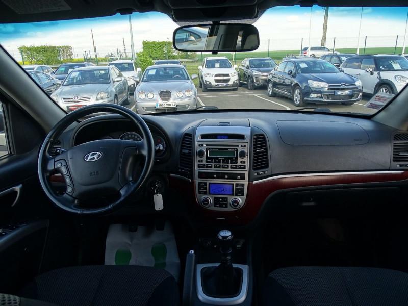 Photo 17 de l'offre de HYUNDAI SANTA FE 2.2 CRDI PACK CONFORT à 7890€ chez International Auto Auneau