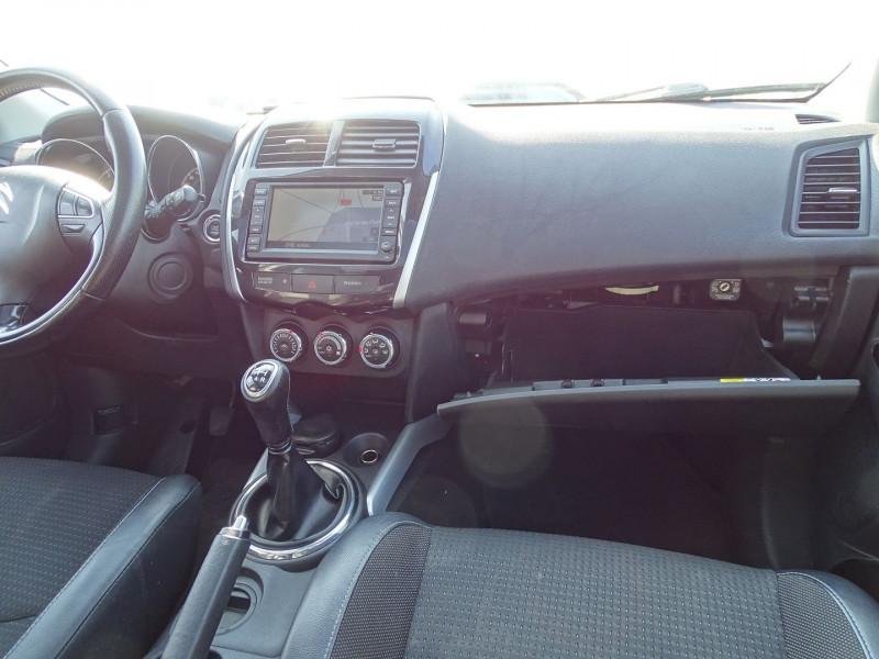 Photo 11 de l'offre de CITROEN C4 AIRCROSS 1.6I 4X2 CONFORT à 11390€ chez International Auto Auneau
