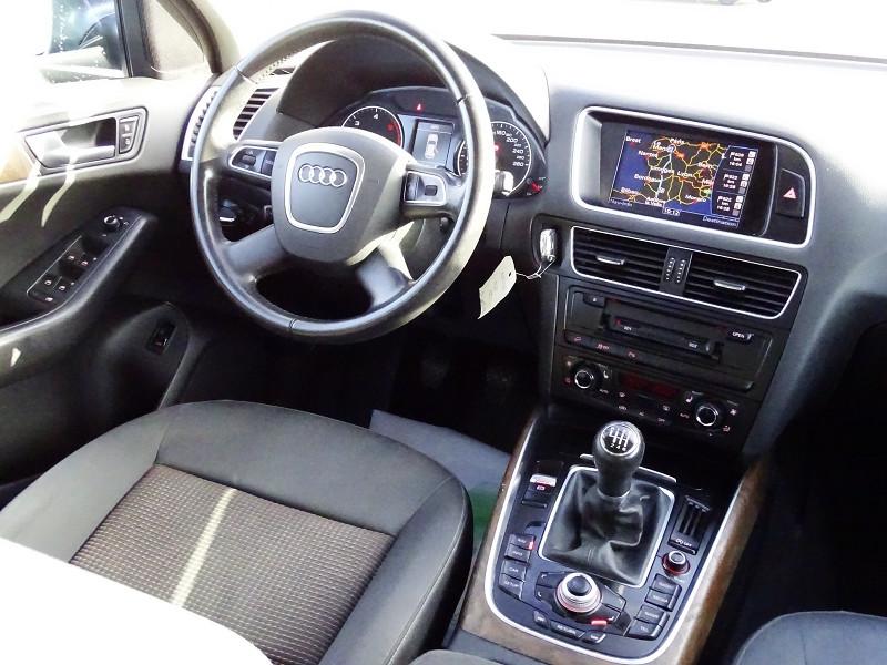 Photo 18 de l'offre de AUDI Q5 2.0 TDI 143CH FAP START/STOP BUSINESS LINE QUATTRO à 14490€ chez International Auto Auneau