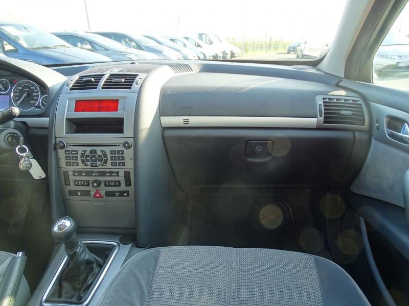 Photo 11 de l'offre de PEUGEOT 407 1.8 16V 125CH EXECUTIVE à 5490€ chez International Auto Auneau