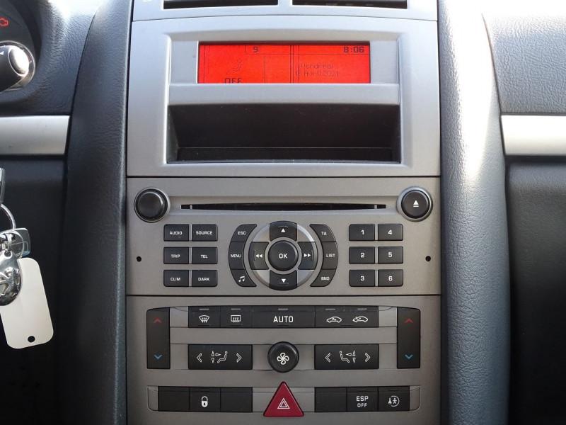 Photo 15 de l'offre de PEUGEOT 407 1.8 16V 125CH EXECUTIVE à 5490€ chez International Auto Auneau