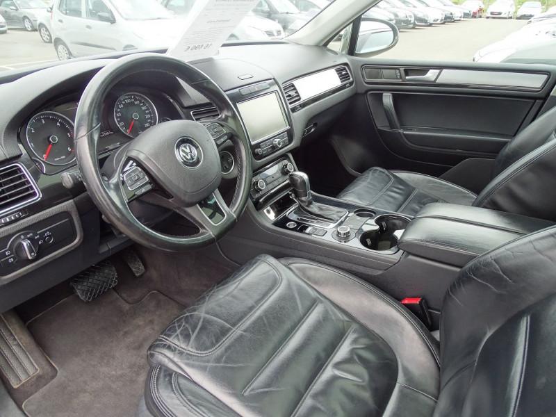 Photo 3 de l'offre de VOLKSWAGEN TOUAREG 3.0 V6 TDI 240CH FAP CARAT TIPTRONIC à 16690€ chez International Auto Auneau