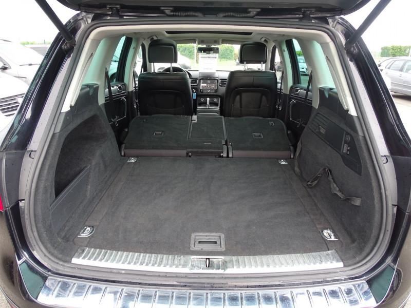 Photo 7 de l'offre de VOLKSWAGEN TOUAREG 3.0 V6 TDI 240CH FAP CARAT TIPTRONIC à 16690€ chez International Auto Auneau