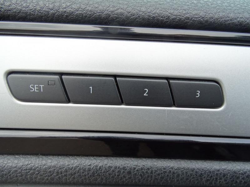 Photo 10 de l'offre de VOLKSWAGEN TOUAREG 3.0 V6 TDI 240CH FAP CARAT TIPTRONIC à 16690€ chez International Auto Auneau