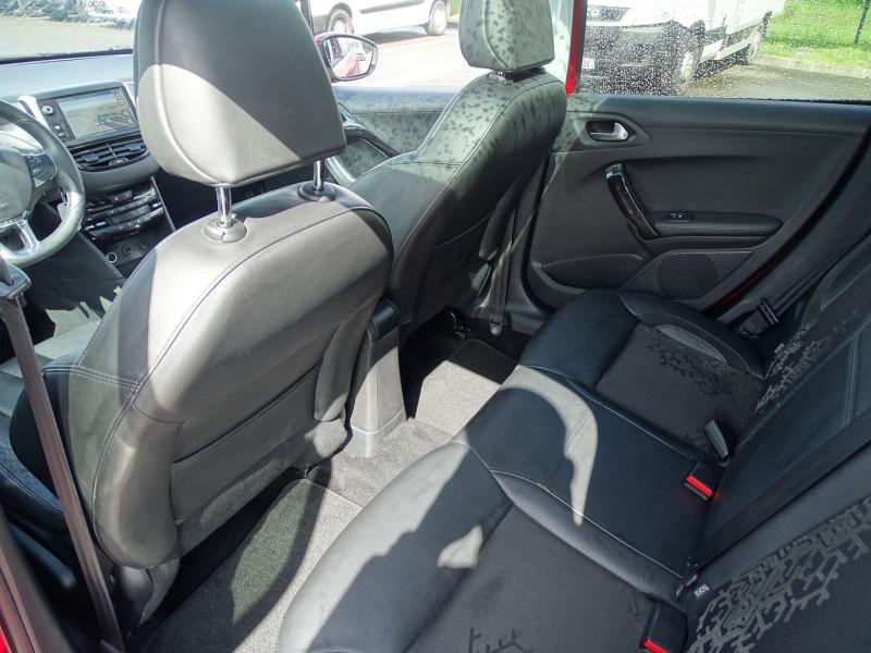 Photo 5 de l'offre de PEUGEOT 208 1.6 VTI FELINE 5P à 9390€ chez International Auto Auneau