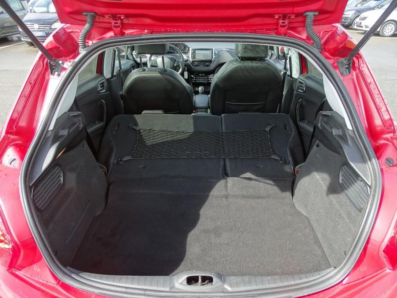 Photo 10 de l'offre de PEUGEOT 208 1.6 VTI FELINE 5P à 9390€ chez International Auto Auneau
