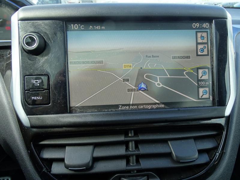 Photo 11 de l'offre de PEUGEOT 208 1.6 VTI FELINE 5P à 9390€ chez International Auto Auneau