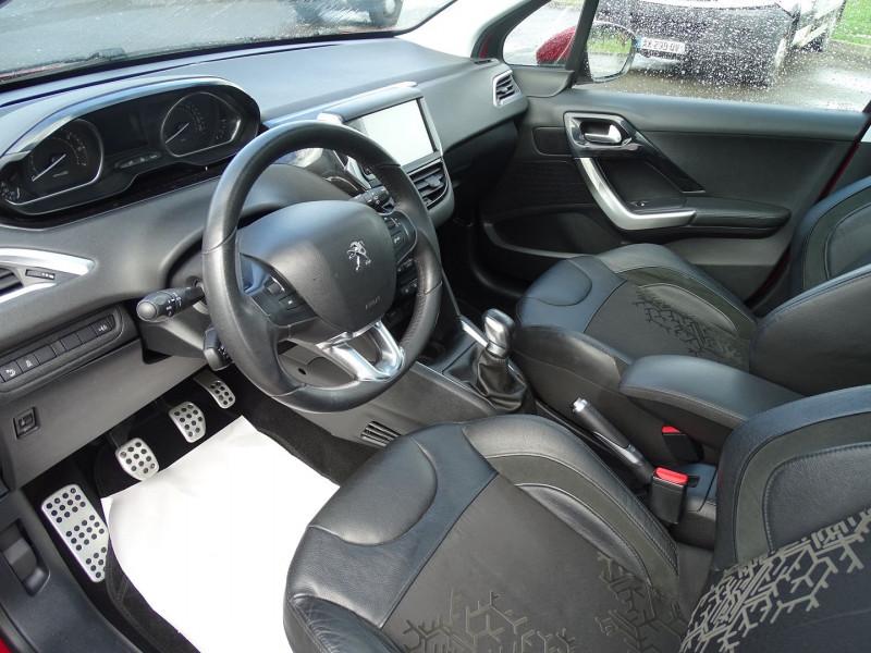 Photo 3 de l'offre de PEUGEOT 208 1.6 VTI FELINE 5P à 9390€ chez International Auto Auneau