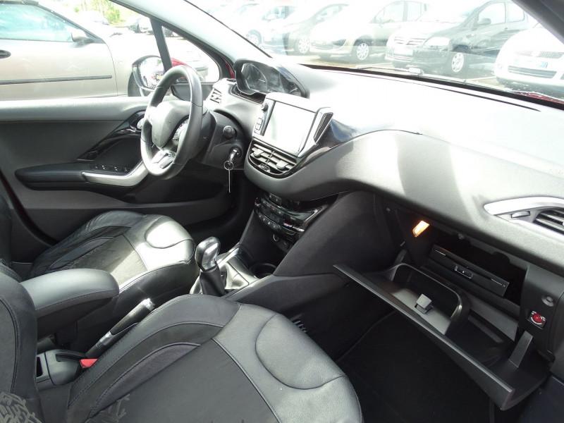 Photo 7 de l'offre de PEUGEOT 208 1.6 VTI FELINE 5P à 9390€ chez International Auto Auneau