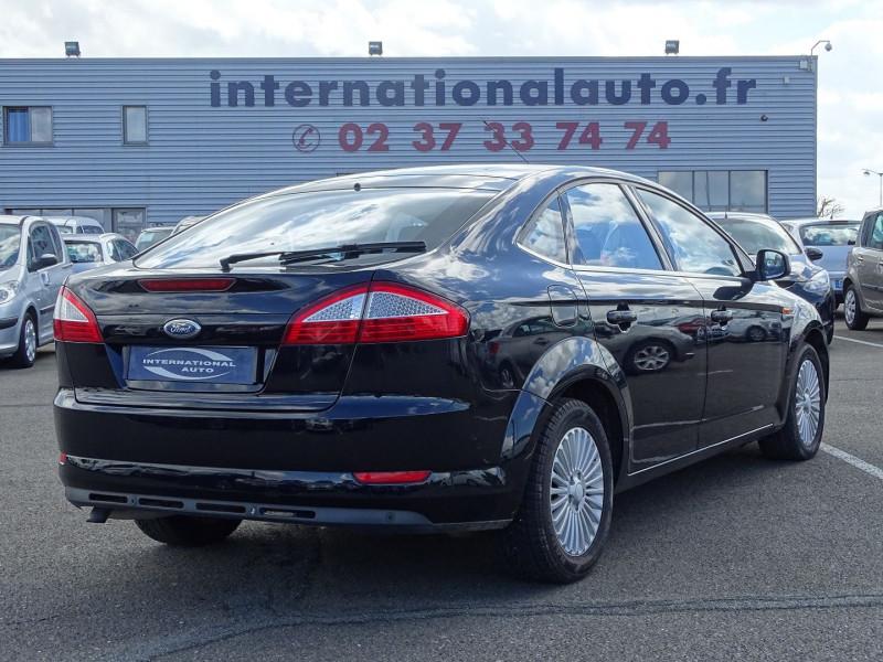 Photo 2 de l'offre de FORD MONDEO 1.8 TDCI 125CH TITANIUM 5P à 6790€ chez International Auto Auneau