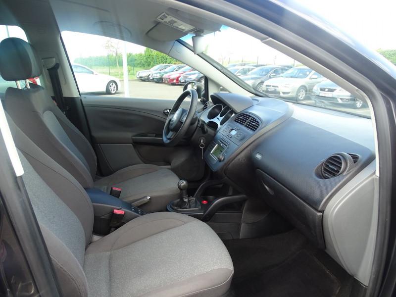 Photo 9 de l'offre de SEAT ALTEA 1.6 REFERENCE à 5290€ chez International Auto Auneau