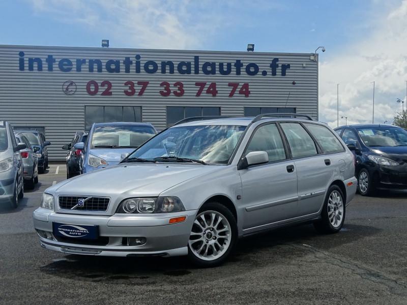Volvo V40 1.9 D 115CH TITANIUM Diesel GRIS CLAIR  Occasion à vendre