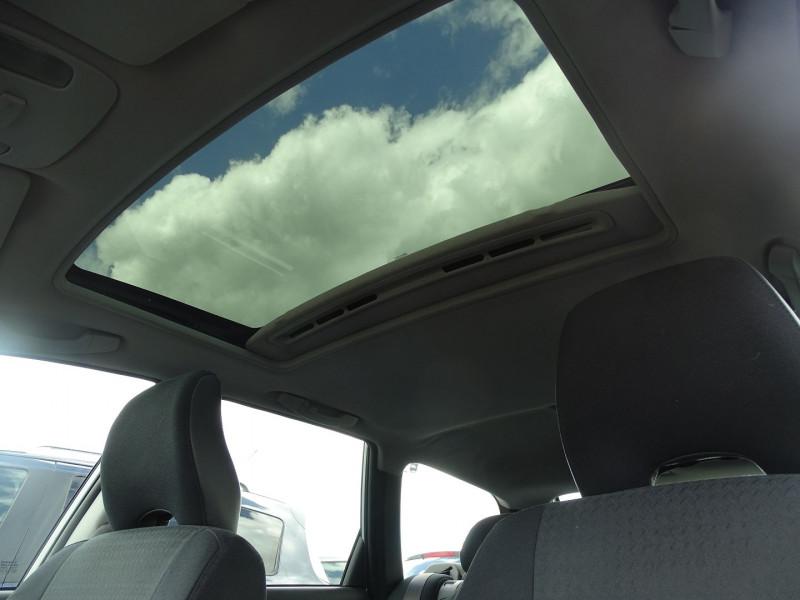 Photo 14 de l'offre de VOLVO V40 1.9 D 115CH TITANIUM à 4190€ chez International Auto Auneau
