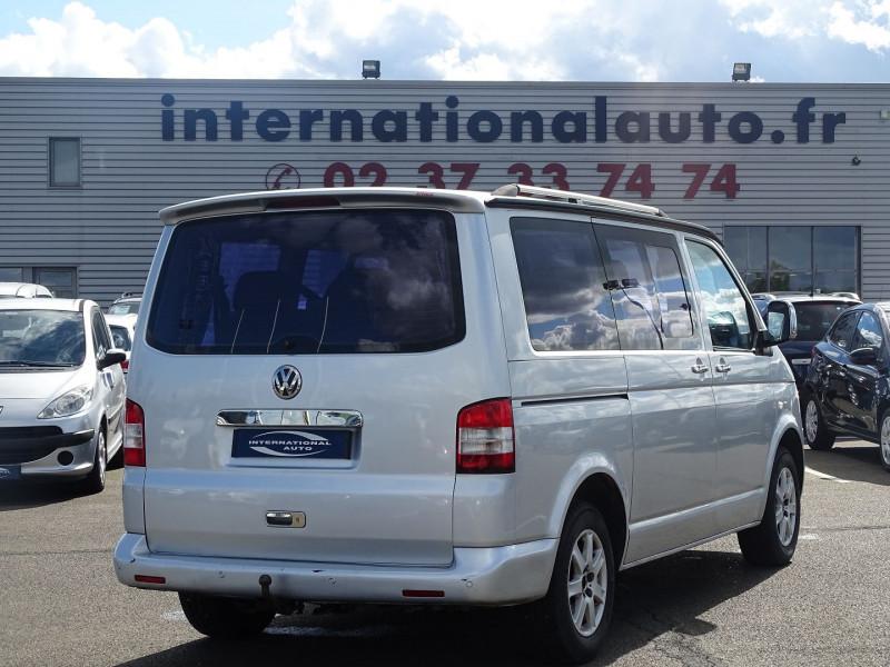 Photo 2 de l'offre de VOLKSWAGEN CARAVELLE 2.5 TDI 130CH COURT TIPTRONIC à 12390€ chez International Auto Auneau