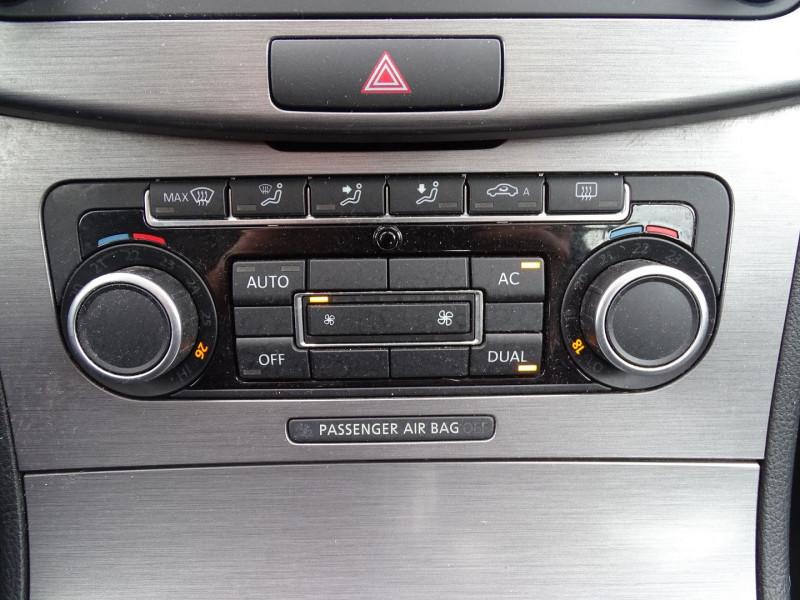 Photo 15 de l'offre de VOLKSWAGEN PASSAT SW 1.6 TDI 105CH BLUEMOTION TECHNOLOGY FAP BLUEMOTION à 8690€ chez International Auto Auneau