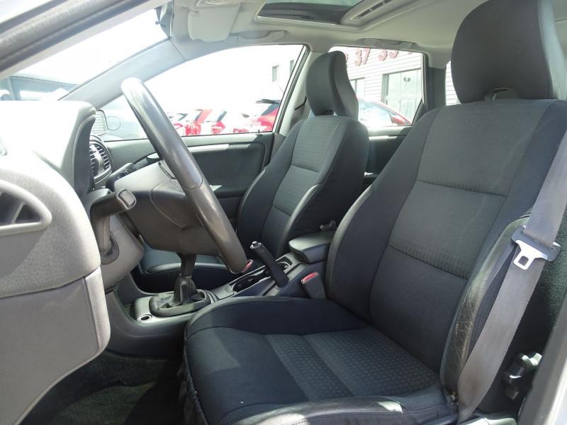 Photo 7 de l'offre de VOLVO V40 1.9 D 115CH TITANIUM à 4190€ chez International Auto Auneau