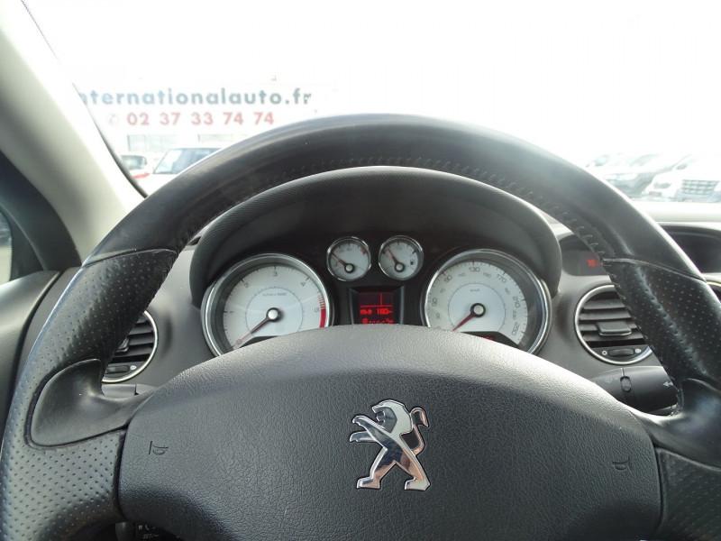 Photo 13 de l'offre de PEUGEOT 308 CC 2.0 HDI FAP SPORT PACK à 10490€ chez International Auto Auneau
