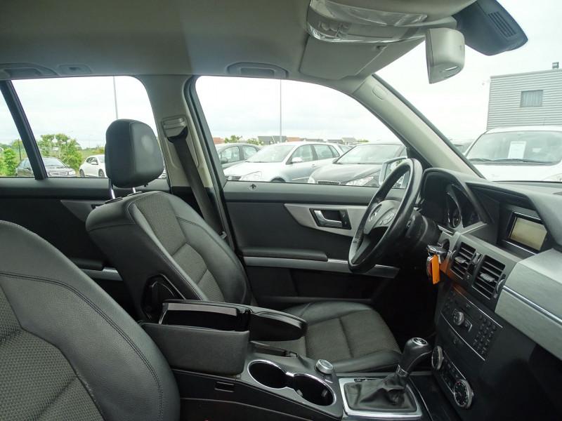 Photo 8 de l'offre de MERCEDES-BENZ CLASSE GLK (X204) 220 CDI BE 4 MATIC à 13690€ chez International Auto Auneau
