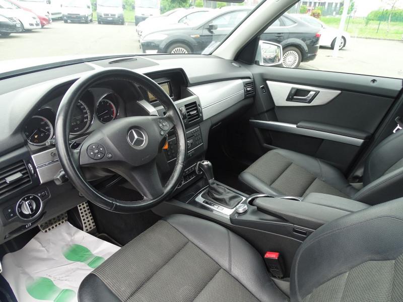 Photo 3 de l'offre de MERCEDES-BENZ CLASSE GLK (X204) 220 CDI BE 4 MATIC à 13690€ chez International Auto Auneau