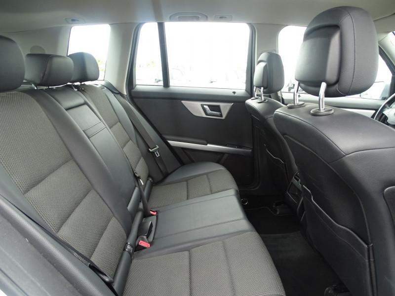 Photo 6 de l'offre de MERCEDES-BENZ CLASSE GLK (X204) 220 CDI BE 4 MATIC à 13690€ chez International Auto Auneau