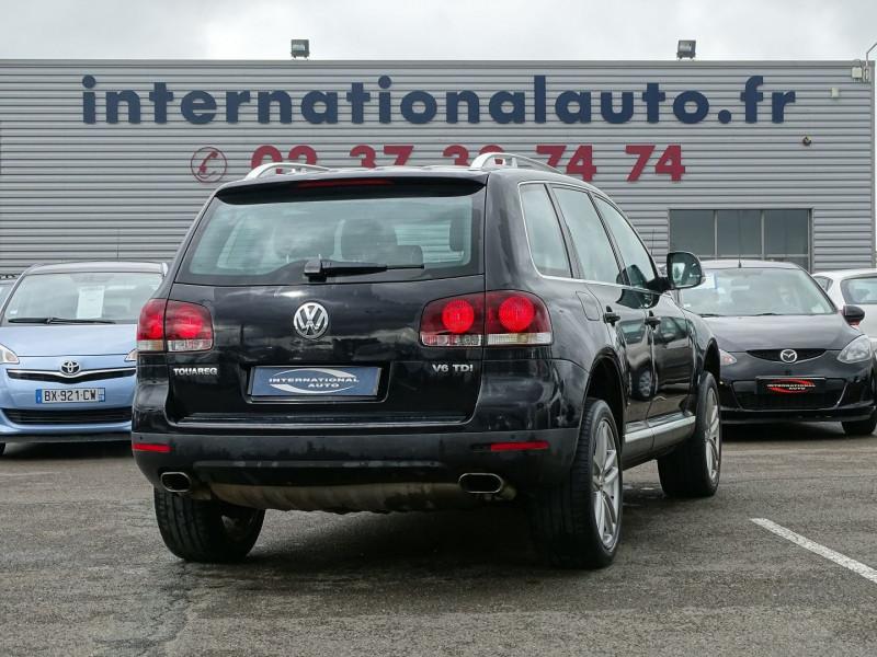 Photo 3 de l'offre de VOLKSWAGEN TOUAREG 3.0 V6 TDI 240CH DPF CARAT TIPTRONIC à 14890€ chez International Auto Auneau