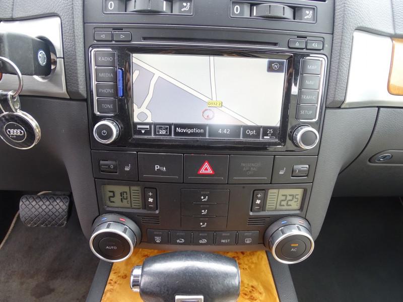 Photo 12 de l'offre de VOLKSWAGEN TOUAREG 3.0 V6 TDI 240CH DPF CARAT TIPTRONIC à 14890€ chez International Auto Auneau