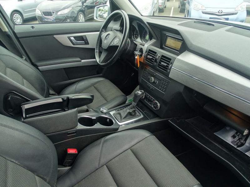 Photo 7 de l'offre de MERCEDES-BENZ CLASSE GLK (X204) 220 CDI BE 4 MATIC à 13690€ chez International Auto Auneau