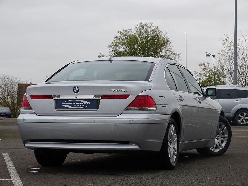 Photo 3 de l'offre de BMW SERIE 7 (E65) 745IA 333CH à 5590€ chez International Auto Auneau