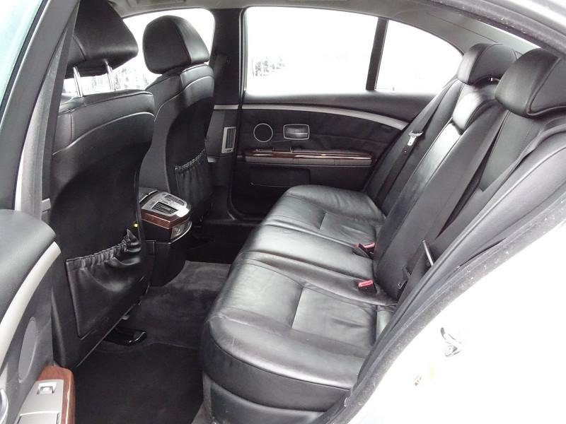 Photo 10 de l'offre de BMW SERIE 7 (E65) 745IA 333CH à 5590€ chez International Auto Auneau